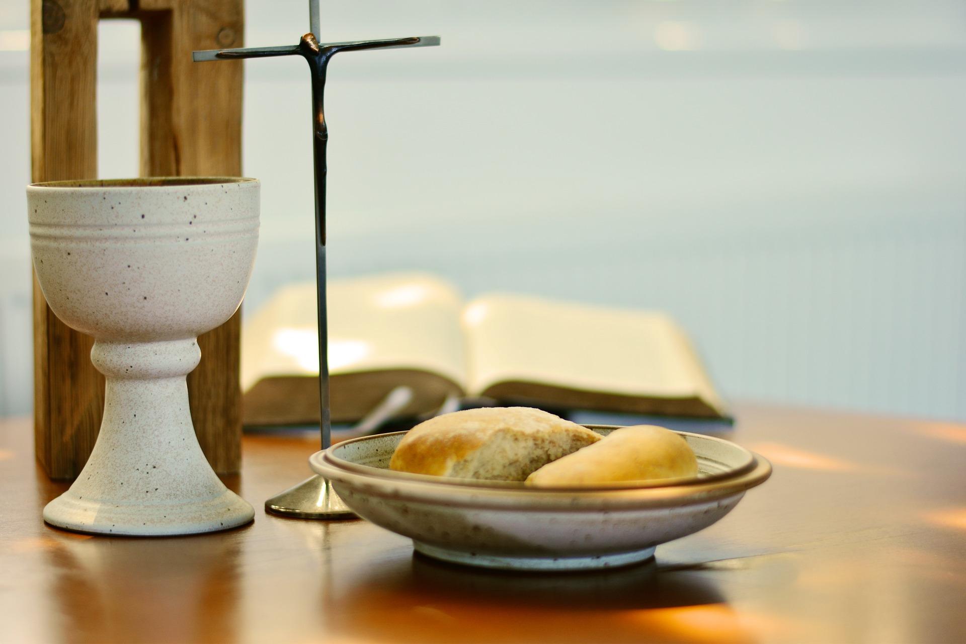 Erstkommunion ist erstes Mal Teilnahme in der Pfarre