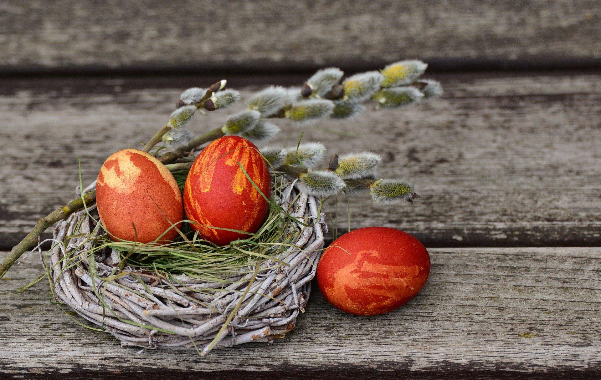 Gute Texte & Motive für Ihre Osterkarte